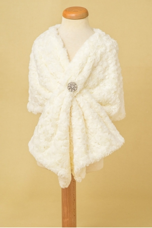 Ivory fur shawl for girls