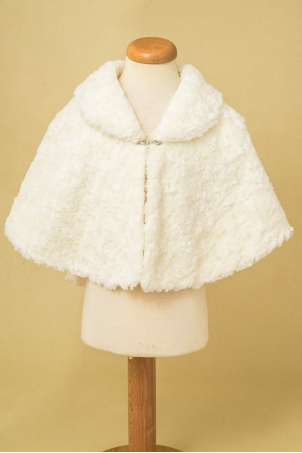 Delicate like snow - Elegant girl cape