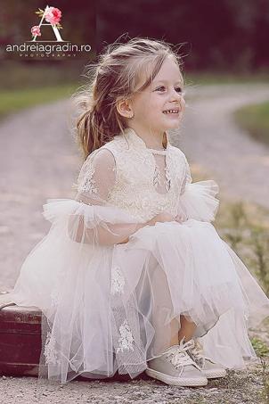 Princess of Calais - Calais lace dress for girls