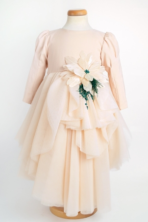 Flower of the Desert - Spectacular dress with uneven ruffles and a handcrafted flower