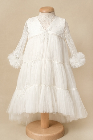 Serenity - Delicate train dress made of silk lace and soft tulle