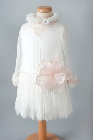 Blush Rose - Delicate silk chiffon dress, decorated with an embroidered flower