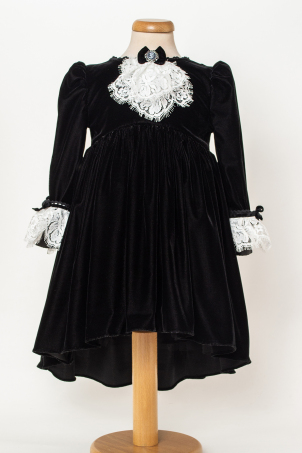 Agatha - Elegant velvet black dress with jabot and lace cuffs