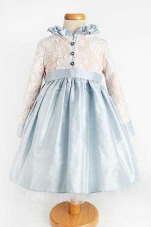 Isabel -  Beautiful dress for girls from shantung silk and delicate lace