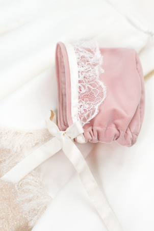 Emily - baby girl bonnet, made of soft blush pink velvet, decorated with delicate lace