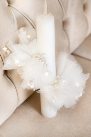 Rose Pearls Trouseau - Christening candle with tulle flowers and pearls