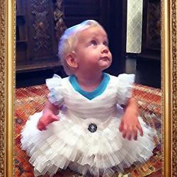 tablou-rochita-fetita
