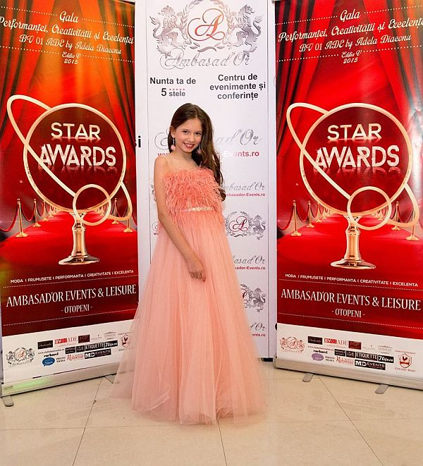 Rochita-Bianca-Star-Awards3