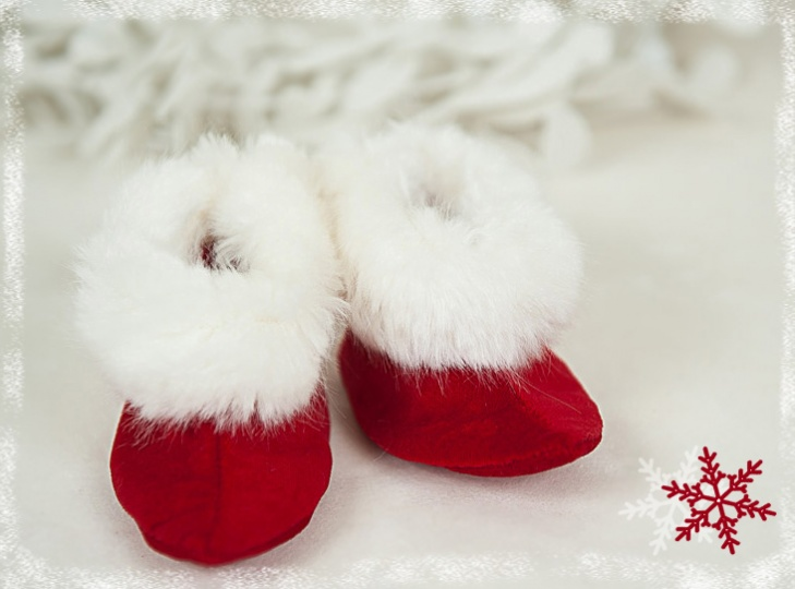 "Christmas Stories - ""Santa's Little Helper"" Baby Boy Bootees"